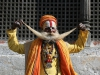 sadhu-posing-at-pashupatinath-kathmandu