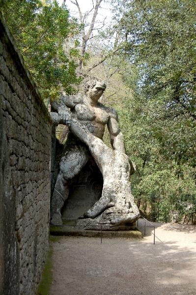 bomarzo-sacro-bosco-parco-dei-mostri-26